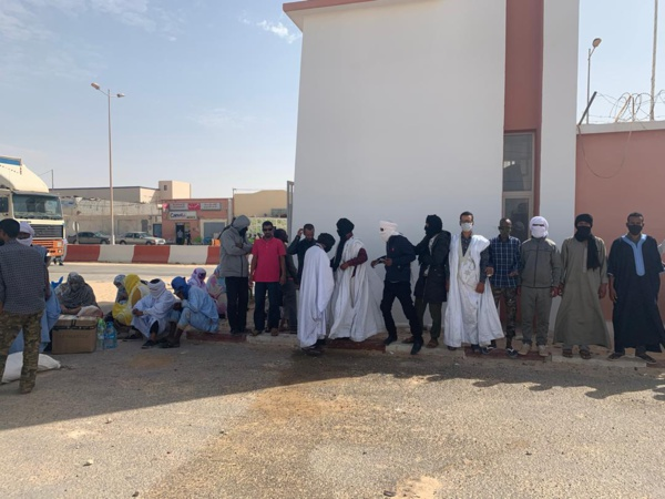 Appel à l'aide de Mauritaniens, bloqués au passage de Guergarat