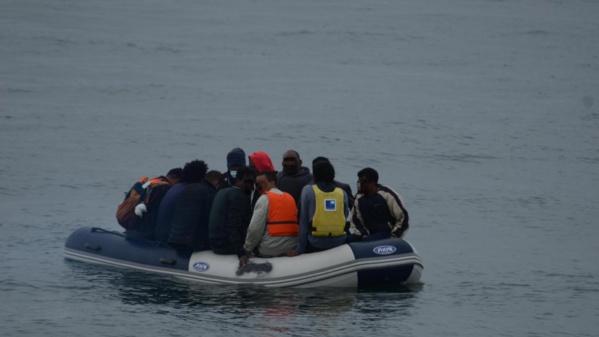 Nouadhibou: Sauvetage de 134 immigrés clandestins après une panne de leur bateau au large de Nouamghar