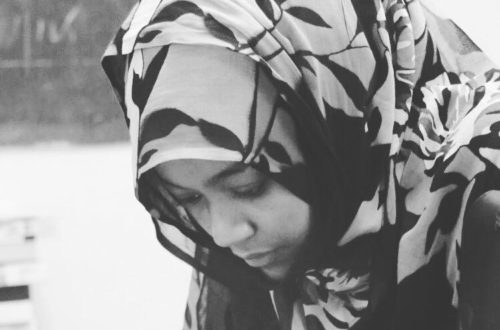 Aliya Abbas, pionnière du journalisme mobile en Mauritanie