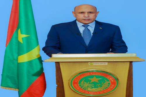 Dans un discours à la Nation, le Président de la République souligne la nécessité de sauvegarder les acquis et de poursuivre la construction du pays