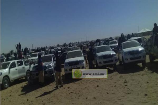 Départ de plus de 2000 voitures d'orpailleurs vers la zone de Chegatt