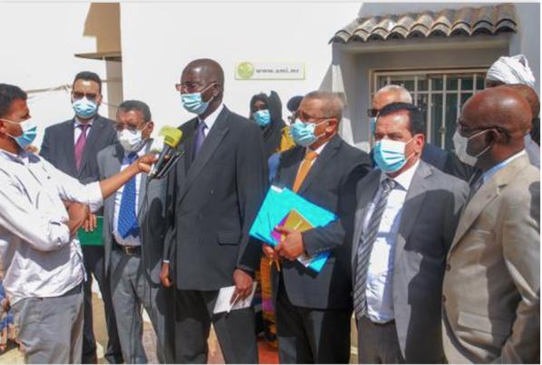 Le ministre de l'Économie effectue une visite d'inspection à l'unité de coordination du Projet Femmes dans notre pays