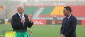 Le Président de la FIFA entame sa tournée africaine par l'inauguration d'un stade en Mauritanie