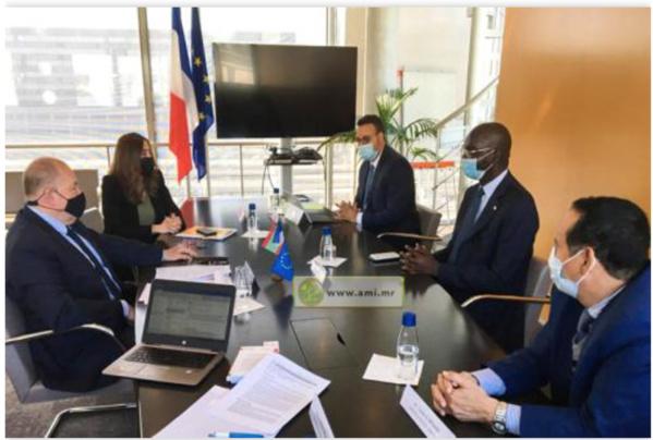 Le ministre des Affaires économiques évoque avec l'AFD des projets stratégiques en Mauritanie