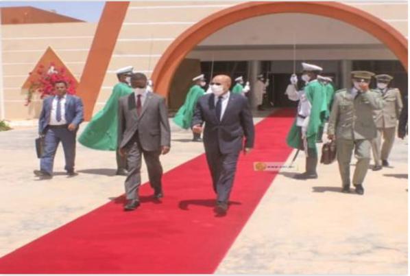 Départ du Président de la République pour N'Djamena