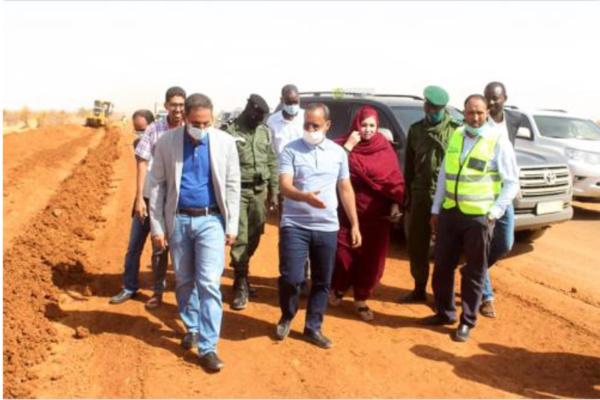 Le ministre de l'Équipement s'enquiert de l'avancement de travaux routiers sur l'axe Nouakchott-Aleg