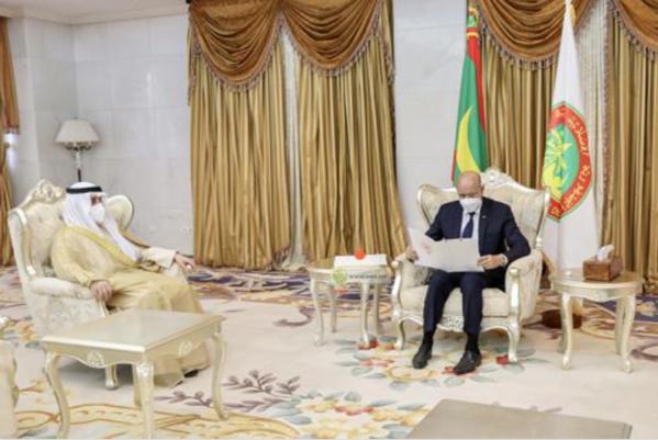 Le Président de la République reçoit un message écrit de l'Émir de l'État du Koweït