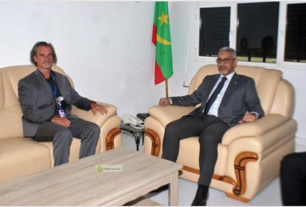 Le Commissaire aux Droits de l'Homme s'entretient avec le représentant du bureau du Haut-Commissariat aux Droits de l'Homme