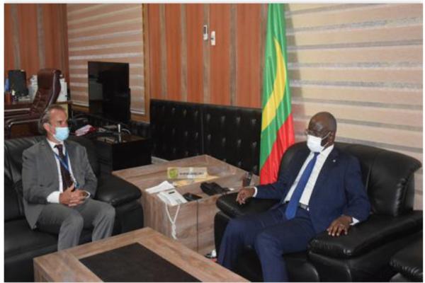 Le ministre de l'Intérieur s'entretient avec le représentant du Commissariat des Nations Unies pour les Droits de l'homme