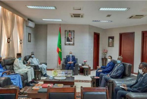 Le ministre des Affaires étrangères reçoit les copies figurées des lettres de créance du nouvel ambassadeur nigérien Nouakchott,  22/06/2021