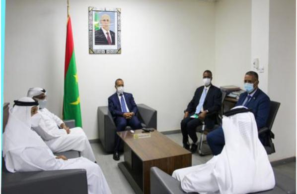 Le ministre de l'Équipement reçoit une délégation de l'Autorité Générale de l'Aviation Civile des Émirats
