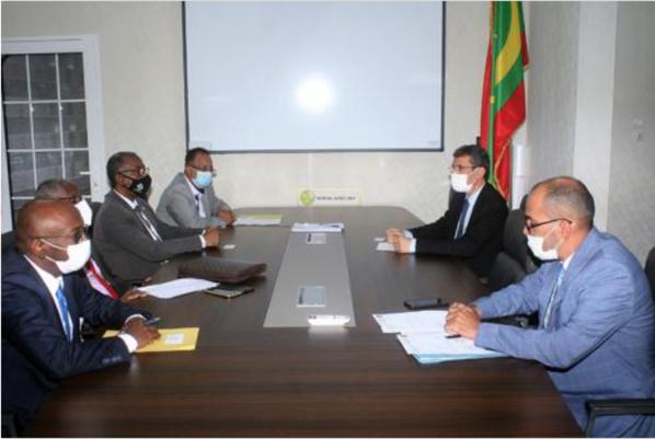 Le ministre des Finances reçoit une délégation de la République du Soudan