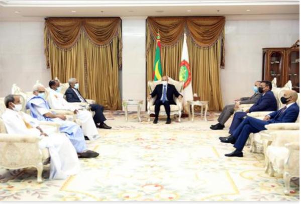 Le Président de la République reçoit les présidents des partis de la majorité non représentés au parlement