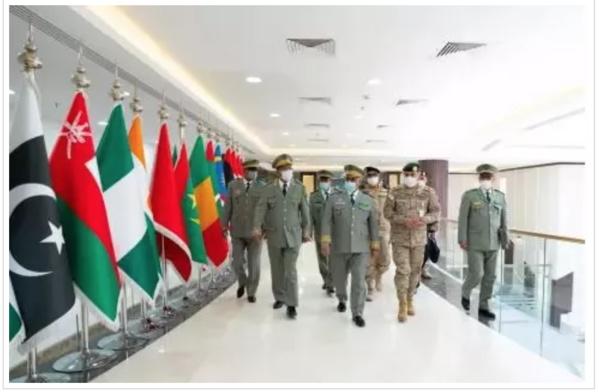 Le CEMGA rend visite à la direction de l'Alliance militaire islamique