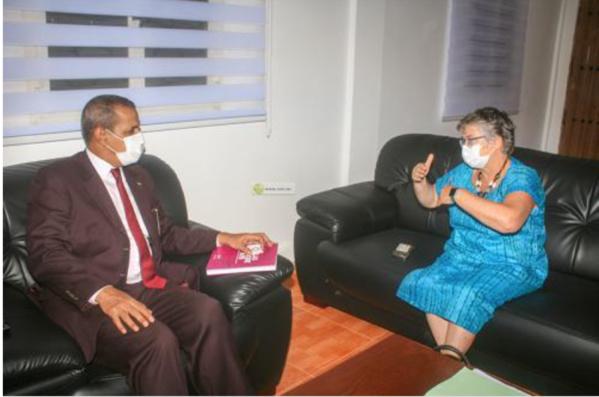 Le ministre de l'Elevage s'entretient avec la directrice de l'AFD en Mauritanie