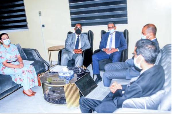 Le ministre de de la Transition numérique s'entretient avec une mission de la Banque Mondiale