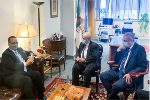 Le ministre des Affaires étrangères reçoit son homologue algérien
