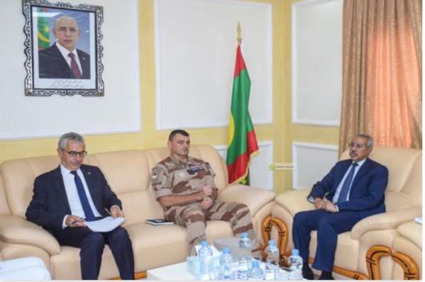 Le ministre de la Défense nationale reçoit le commandant de la Force Barkhane