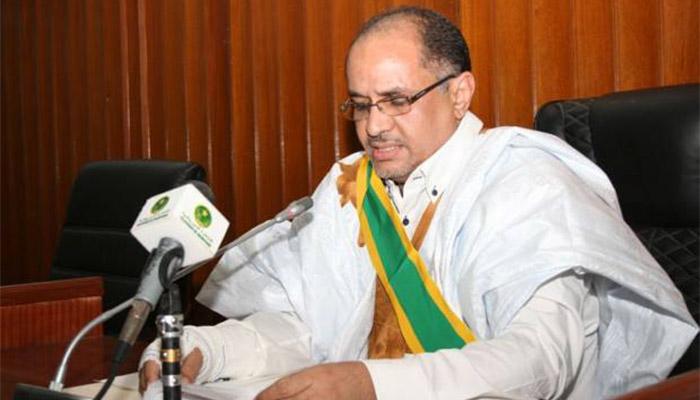 Le président du sénat appelé à la présidence