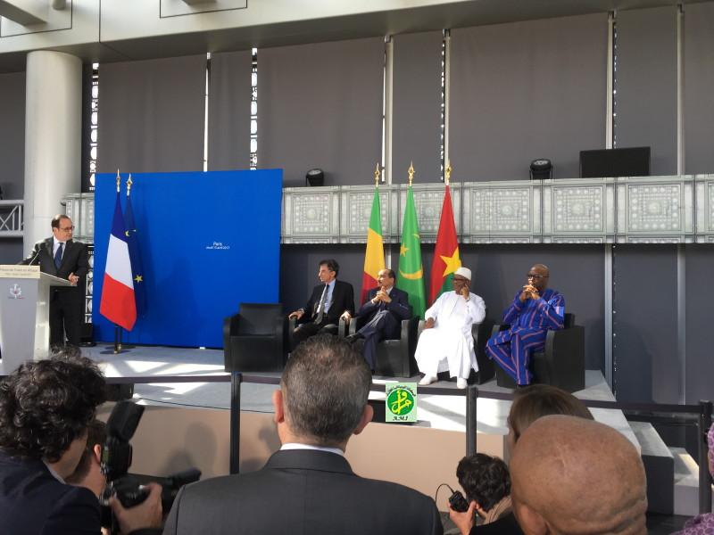 """Le Président de la République à la cérémonie d'ouverture de l'exposition Unesco """"les trésors de l'Islam en Afrique"""""""