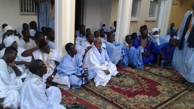 Importante réunion au domicile du notable, chef traditionnel, diplomate et homme politique Sidi Mohamed Ould Mohamed Radhi