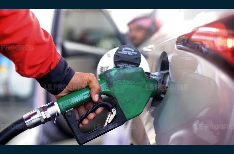Le pétrole se replie, sans grande actualité