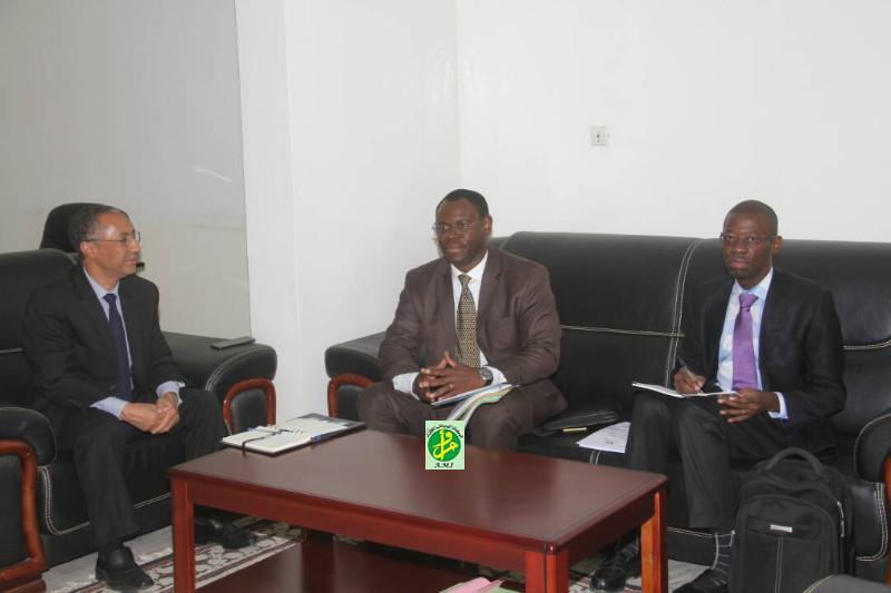 Le ministre délégué chargé du budget reçoit le représentant de la BAD