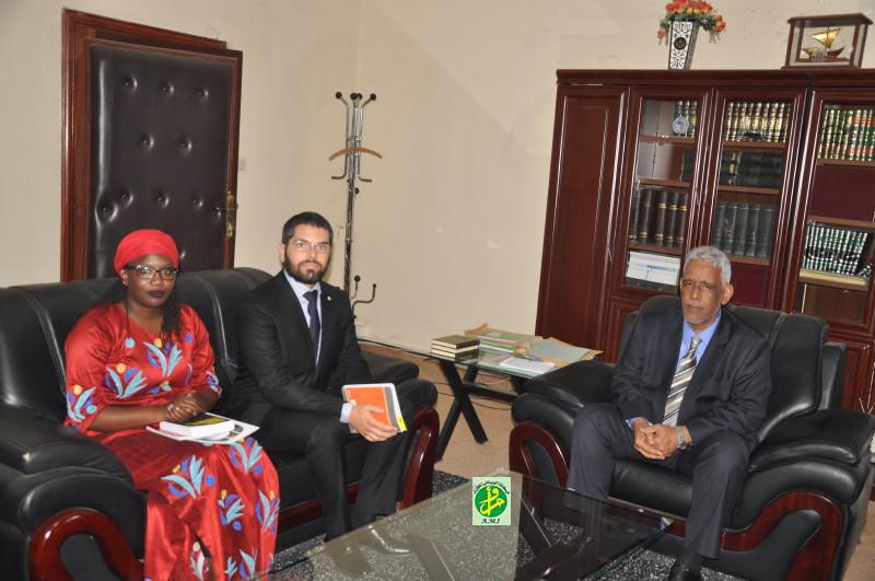 Le ministre de la justice s'entretient avec une délégation d'Amnesty