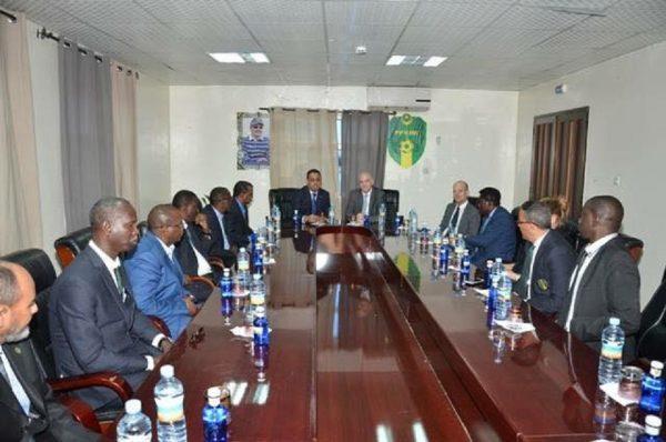 Le bureau fédéral de la FFRIM lors de la visite du président de la FIFA en Mauritanie en février 2017 (Crédit : FFRIM)