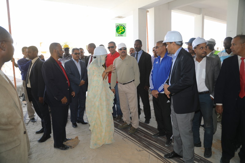 Le Président de la République visite le nouveau centre commercial de Nouakchott