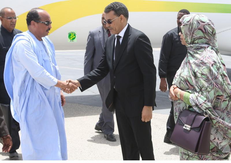 Terrible expression du wali de Nouadhibou devant Aziz…