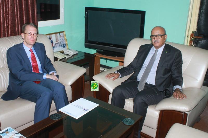 Le Commissaire aux droits de l'homme reçoit le représentant du bureau du haut commissariat des Nations Unies pour les droits de l'homme