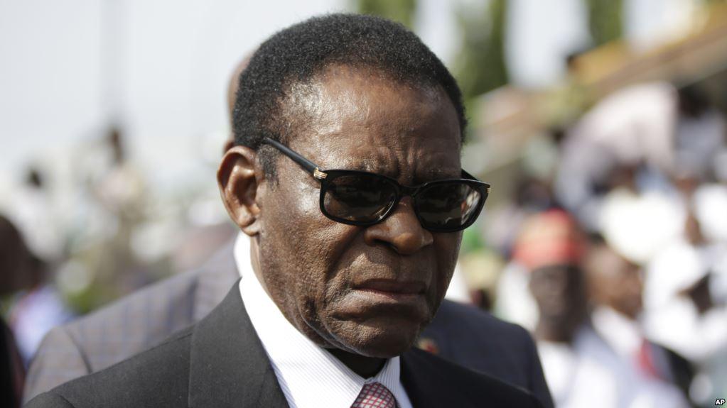 Le Président de la République félicite le président équato-guinéen