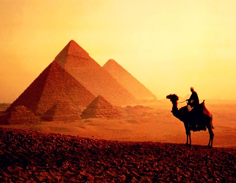 Le centre culturel égyptien organise une exposition d'arts plastiques