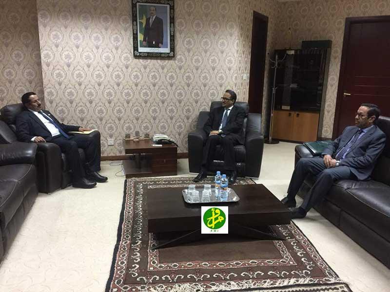 Le ministère des affaires étrangères et de la coopération reçoit l'ambassadeur du Yemen
