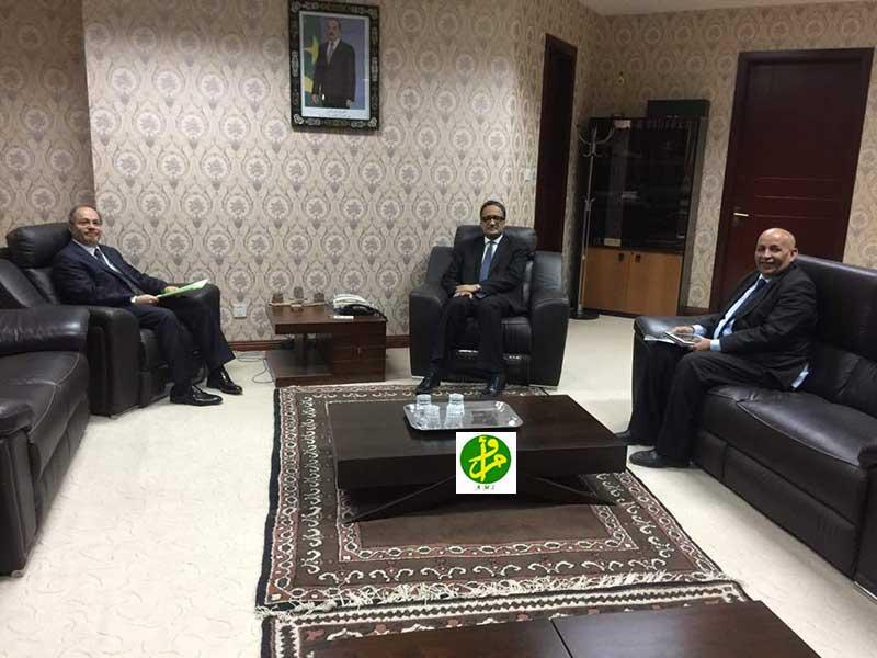 Le ministre des affaires étrangères et de la coopération reçoit l'ambassadeur de Turquie