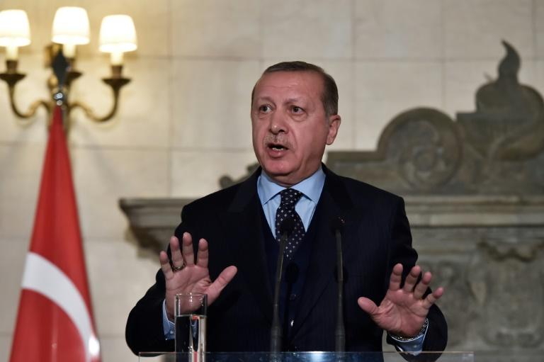 Jérusalem: le président turc Erdogan veut prendre la tête de la contestation musulmane