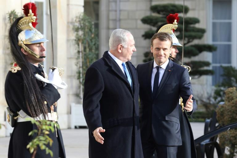 """Netanyahu accuse l'Europe """"d'hypocrisie"""" avant sa visite à Paris"""