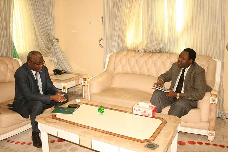Le ministre de l'enseignement supérieur reçoit le chargé de coordination du programme et de l'appui de l'UNESCO au G5-Sahel en Mauritanie