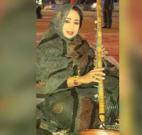 La DIVA de la chanson mauritanienne Mouna Mint Dendenni organise un Diner de Gala à Nouakchott