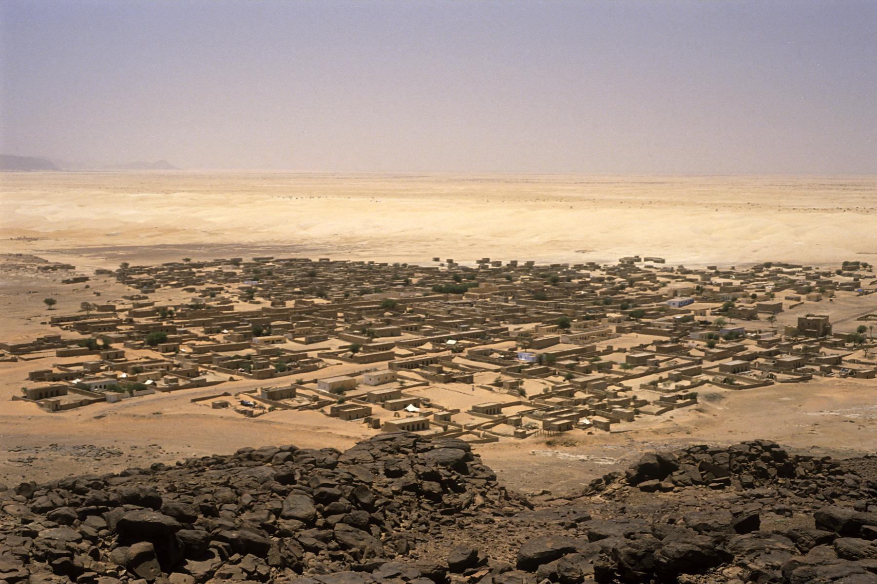 Mauritanie : les habitants d'une cité sans eau protestent devant les grilles du palais présidentiel