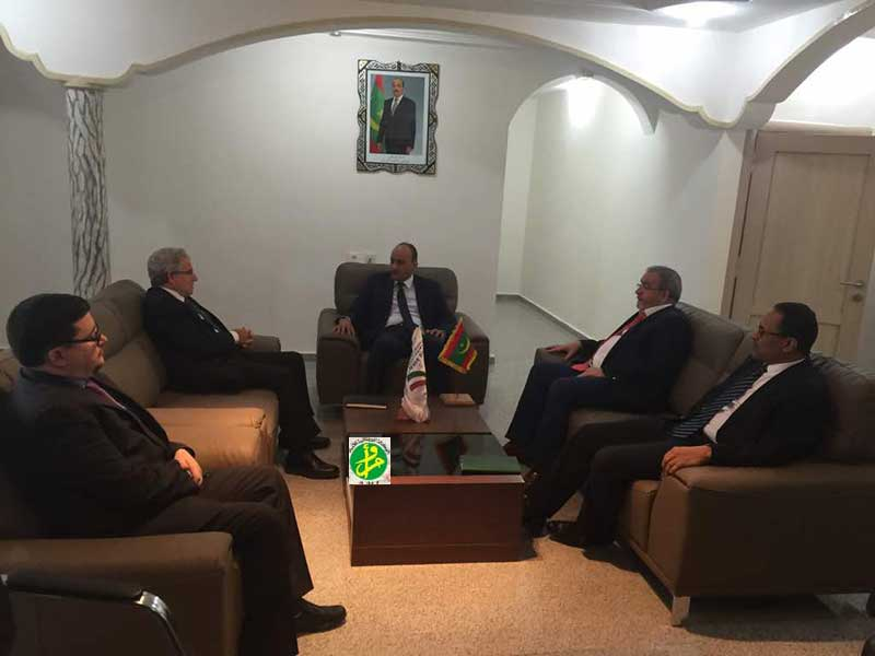 Le président de l'Autorité de la Zone Franche de Nouadhibou rencontre l'ambassadeur espagnol
