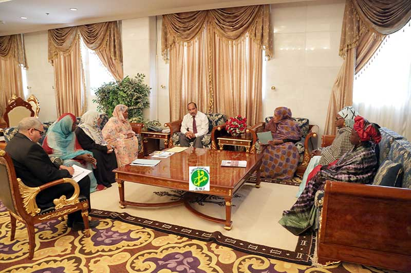 Président de la République reçoit en audience la présidente et les membres de l'initiative (Ouvrez votre entreprise près de votre famille)
