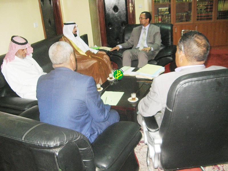 Le ministre des affaires islamiques reçoit une délégation saoudienne