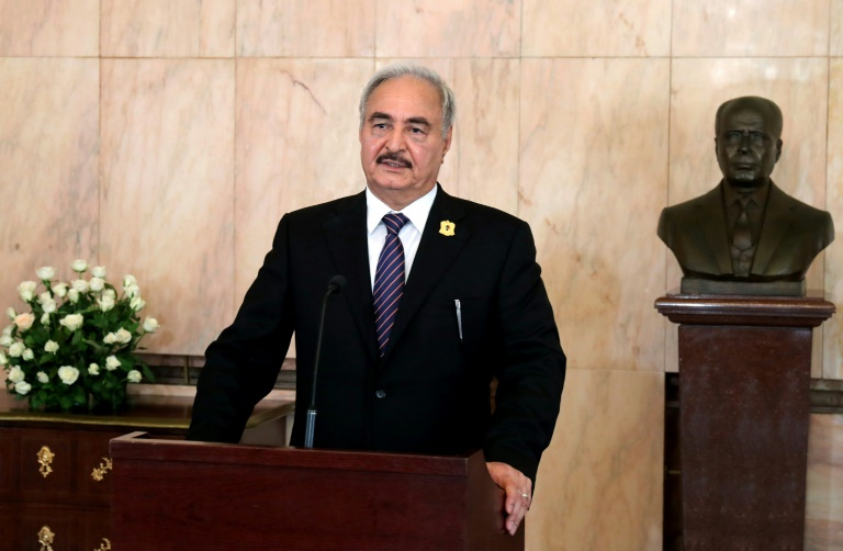 Libye: le maréchal Haftar hospitalisé à Paris