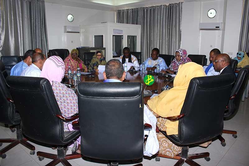 La commission des affaires islamiques discute du projet de loi sur le tabac