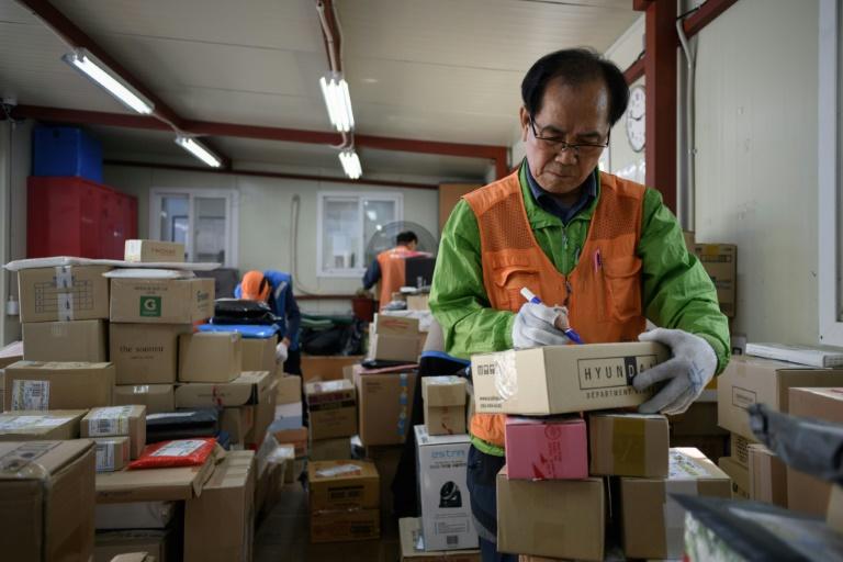 S'user jusqu'à la moëlle en Corée du Sud: le travail à perpétuité des personnes âgées