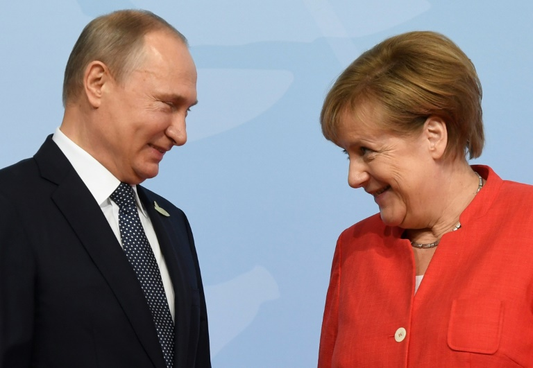 Retrouvailles Merkel-Poutine après le coup d'éclat de Trump sur l'Iran