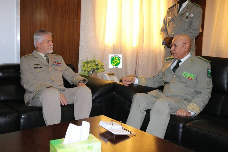 Le Chef d'Etat-major général des Armées reçoit le président du comité militaire de l'OTAN