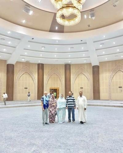 Le président Aziz et la première Dame visitent le nouveau palais des congrès de Nouakchott